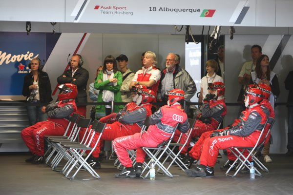 Audi mechanics watching the race in the garage.DTM, Rd6, Nurburgring, Germany, 6-7 August 2011.World Copyright: LAT Photographicref: Digital Image dne1107au162