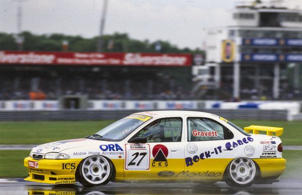Robb Gravett, Foesport, Ford Mondeo Ghia.