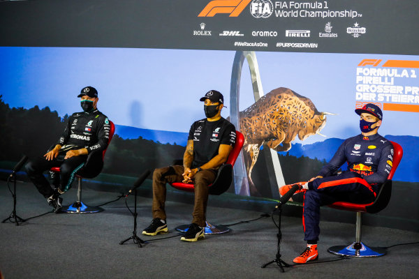 Valtteri Bottas, Mercedes-AMG Petronas F1, 2nd position, Lewis Hamilton, Mercedes-AMG Petronas F1, 1st position, and Max Verstappen, Red Bull Racing, 3rd position, in the Press Conference