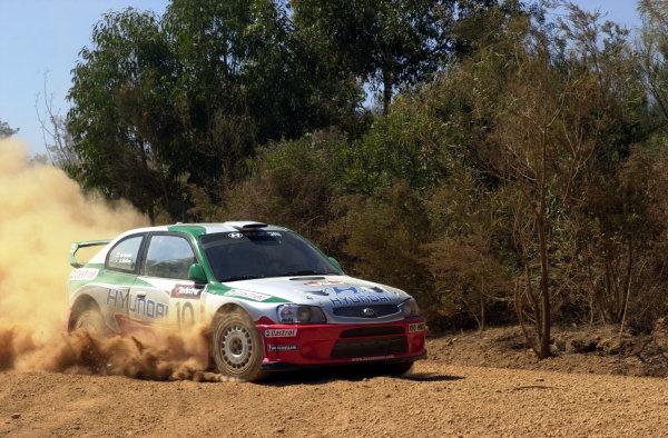 2001 World Rally ChampionshipTelstra Rally Australia, Perth, WA. 1-4 November 2001.Alister McRae during shakedown.Photo: Ralph Hardwick/LAT