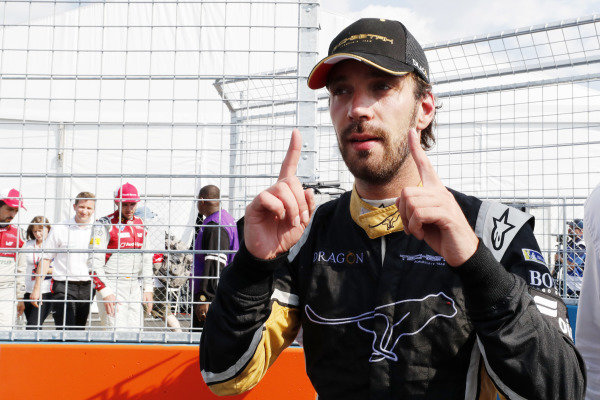 Jean-Eric Vergne (FRA), TECHEETAH, Renault Z.E. 17, celebrates after winning the championship.