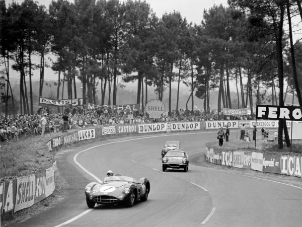 Le Mans, France. 20-21 June 1959.Graham Whitehead/Brian Naylor, Aston Martin DBR1, leads Jim Clark/Sir John Whitmore, Lotus Elite, and Sydney Hurrell/Roy North, SAAB 93, action.World Copyright: LAT Photographic