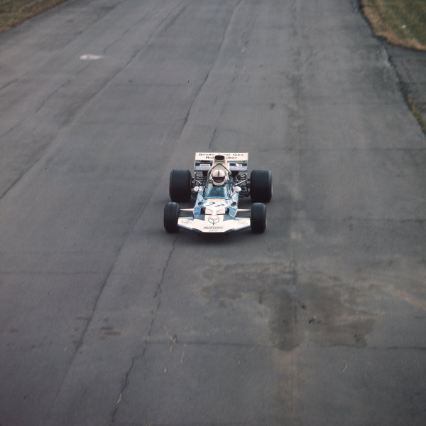 Silverstone, England. 15-17 July 1971. John Surtees (Surtees TS9 Ford) 6th position. Ref-3/4765S. World Copyright - LAT Photographic