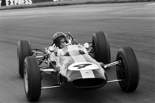 Race winner Jim Clark (GBR) Lotus 25. British Grand Prix, Silverstone, 20 July 1963.