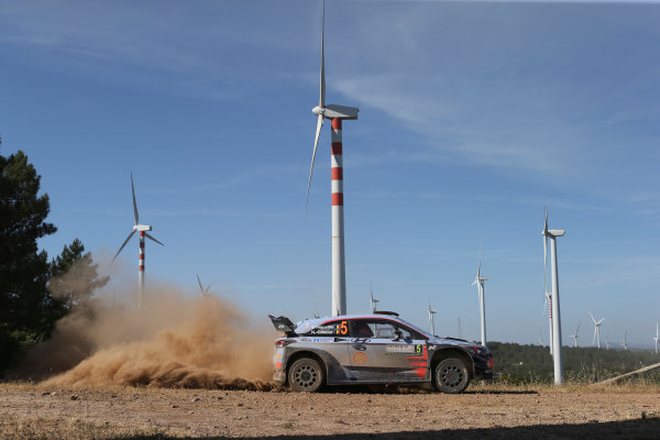 2017 FIA World Rally Championship, Round 07, Rally Italia Sardegna, June 8-11, 2017, Thierry Neuville, Hyundai, action Worldwide Copyright: McKlein/LAT