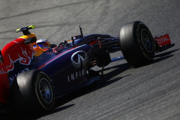 Circuit de Catalunya, Barcelona, Spain. Friday 9 May 2014. Daniel Ricciardo, Red Bull Racing RB10 Renault. World Copyright: Andy Hone/LAT Photographic. ref: Digital Image _ONY8620