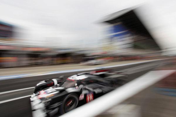 2015 Le Mans 24 Hours. Circuit de la Sarthe, Le Mans, France. Wednesday 10 June 2015. Porsche Team (Porsche 919 Hybrid - LMP1), Romain Dumas, Neel Jani, Marc Lieb.  World Copyright: Zak Mauger/LAT Photographic. ref: Digital Image _MG_8572