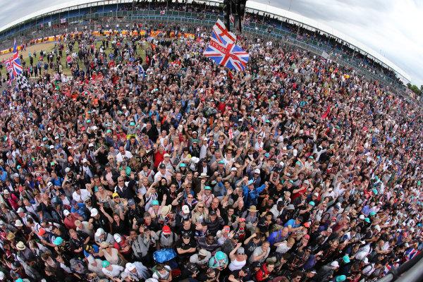 Silverstone Circuit, Northamptonshire, England. Sunday 5th July 2015 British GP Fans and crowds World Copyright: Jakob Ebrey/LAT Photographic