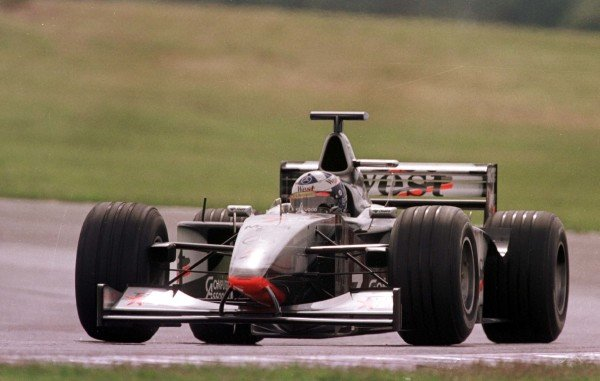 1998 Argentinian Grand Prix.Buenos Aires, Argentina.10-12 April 1998.David Coulthard (McLaren MP4/13 Mercedes-Benz).World Copyright - Elford/LAT Photographic