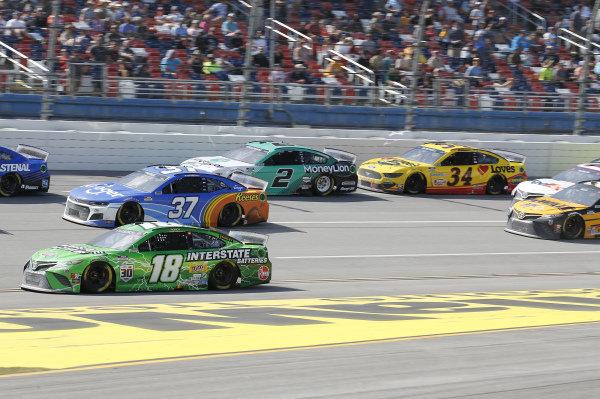#18: Kyle Busch, Joe Gibbs Racing, Toyota Camry Interstate Batteries, #37: Ryan Preece, JTG Daugherty Racing, Chevrolet Camaro Kroger/Reese's