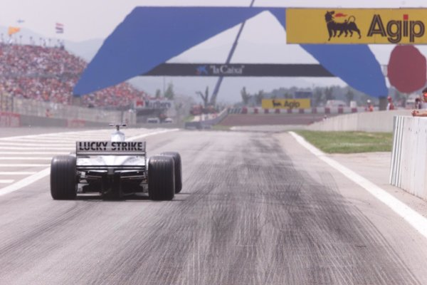 2000 Spanish Grand Prix.Barcelona, Spain, 6/5/2000Jacques Villeneuve, BAR Honda - raer actionWorld - LAT Photographic