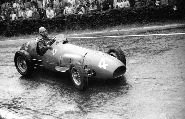 1952 Belgian Grand Prix.Spa-Francorchamps, Belgium. 20-22 June 1952.Alberto Ascari (Ferrari 500) 1st position.Ref-52/24 #34A.World Copyright - LAT Photographic