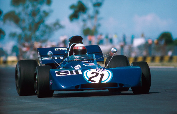 1972 Argentinian Grand Prix.Buenos Aires, Argentina. 21-23 January 1972.Jackie Stewart (Tyrrell 003 Ford) 1st position. Ref-72 ARG 11.World Copyright - LAT Photographic