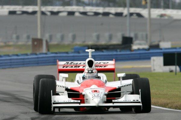 DAYTONA INTERNATIONAL SPEEDWAY, SEPT. 27, 2006,  DAYTONA BEACH, FL,  Sam Hornish, Jr in his . No. 6 Marlboro Team Penske Dallara/Honda run throught the Daytona infield.