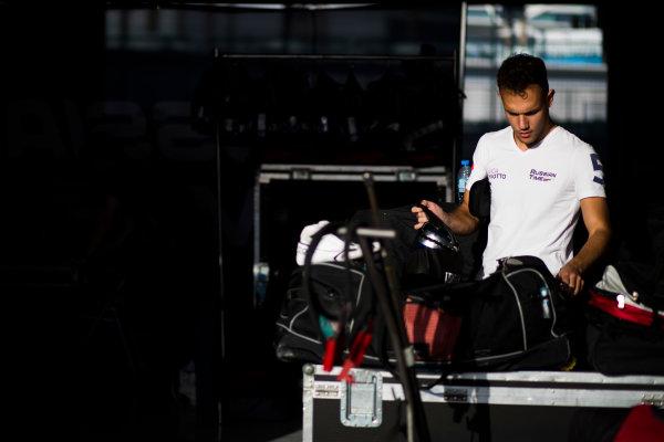 2017 FIA Formula 2 Round 11. Yas Marina Circuit, Abu Dhabi, United Arab Emirates. Thursday 23 November 2017. Luca Ghiotto (ITA, RUSSIAN TIME).  Photo: Sam Bloxham/FIA Formula 2. ref: Digital Image _J6I1013
