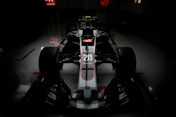 Suzuka Circuit, Japan. Thursday 5 October 2017. The Haas VF-17 Ferrari of Kevin Mgnussen. World Copyright: Andrew Hone/LAT Images  ref: Digital Image _ONY6652