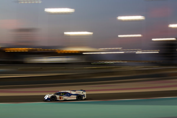 2015 FIA World Endurance Championship Bahrain 6-Hours Bahrain International Circuit, Bahrain Saturday 21 November 2015. Alexander Wurz, St?phane Sarrazin, Mike Conway (#2 LMP1 Toyota Racing Toyota TS 040 Hybrid). World Copyright: Sam Bloxham/LAT Photographic ref: Digital Image _SBL5467