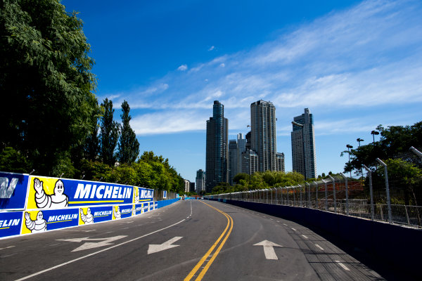 2015/2016 FIA Formula E Championship. Buenos Aires ePrix, Buenos Aires, Argentina. Friday 5 February 2016. A view of the track. Photo: Zak Mauger/LAT/Formula E ref: Digital Image _L0U9776