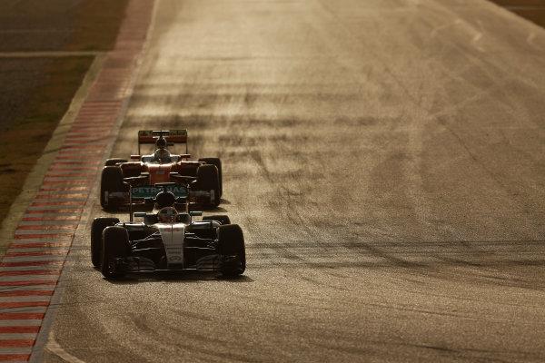 Circuit de Catalunya, Barcelona, Spain Monday 22 February 2016. Lewis Hamilton, Mercedes F1 W07 Hybrid, leads Sebastian Vettel, Ferrari SF16-H.  World Copyright: Sam Bloxham/LAT Photographic ref: Digital Image _SBL5195