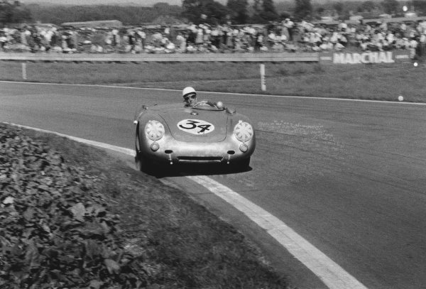 Goodwood, West Sussex, Great Britain. 20th August 1955.Stirling Moss (Porsche 550), retired, action.World Copyright: LAT PhotographicRef: 318 - 8.