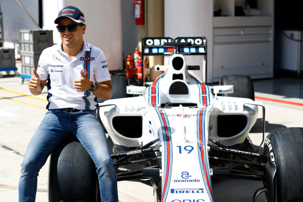 Interlagos, Sao Paulo, Brazil. Thursday 10 November 2016. Felipe Massa, Williams Martini Racing, reveals a new livery for his final Brazilian Grand Prix. World Copyright: Steven Tee/LAT Photographic ref: Digital Image _O3I6712