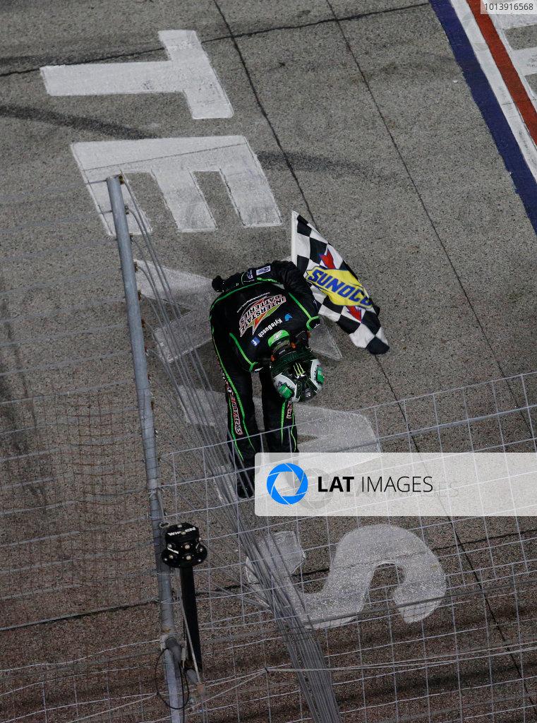 11-13 April, 2013, Fort Worth, Texas, USA Winner Kyle Busch celebrates with the bow © 2013, Michael L. Levitt LAT Photo USA.