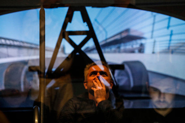 2017 Verizon IndyCar Series Fernando Alonso Simulator Test at HPD-I Brownsburg, Indiana, USA Tuesday 25 April 2017 Fernando Alonso in the Honda Performance Development simulator while Gil de Ferran watches and is reflected in the control room window World Copyright: Michael L. Levitt LAT Images
