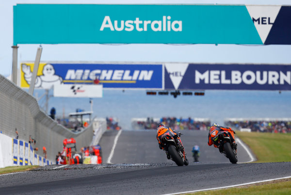 2017 MotoGP Championship - Round 16 Phillip Island, Australia. Sunday 22 October 2017 Pol Espargaro, Red Bull KTM Factory Racing, Bradley Smith, Red Bull KTM Factory Racing World Copyright: Gold and Goose / LAT Images ref: Digital Image 24463