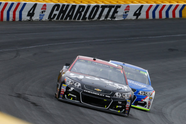 Monster Energy NASCAR Cup Series Bank of America 500 Charlotte Motor Speedway, Concord, NC Sunday 8 October 2017 Kasey Kahne, Hendrick Motorsports, Road to Race Day Chevrolet SS and Jamie McMurray, Chip Ganassi Racing, Sherwin-Williams Chevrolet SS World Copyright: Russell LaBounty LAT Images