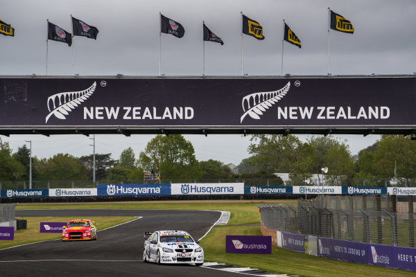 2017 Supercars Championship Round 14.  Auckland SuperSprint, Pukekohe Park Raceway, New Zealand. Friday 3rd November to Sunday 5th November 2017. Scott Pye, Walkinshaw Racing.  World Copyright: Daniel Kalisz/LAT Images  Ref: Digital Image 031117_VASCR13_DKIMG_0265.jpg