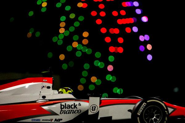 2015 GP2 Series Test 3. Yas Marina Circuit, Abu Dhabi, United Arab Emirates. Thursday 3 December 2015. Nick Yelloly (GBR, MP Motorsport). World Copyright: Zak Mauger/LAT Photographic. ref: Digital Image _L0U3489