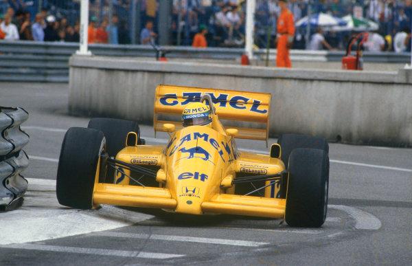 1987 Monaco Grand Prix. Monte Carlo, Monaco. 28th - 31st May 1987.  Ayrton Senna (Lotus 99T Honda),1st position, action. World Copyright: LAT Photographic. Ref: 87MONa