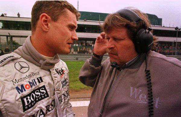 1998 Luxembourg Grand PrixNurburgring, Germany. 25-27 September 1998.David Coulthard (McLaren Mercedes-Benz) with Daimler-Benz Motorsport boss Norbert Haug.World Copyright - LAT Photographic