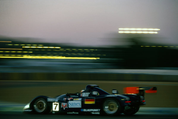 Le Mans, France. 15th - 16th June 1996.Davy Jones/Alexander Wurz/Manuel Reuter (TWR Porsche WSC 95), 1st position, action. World Copyright: LAT Photographic.