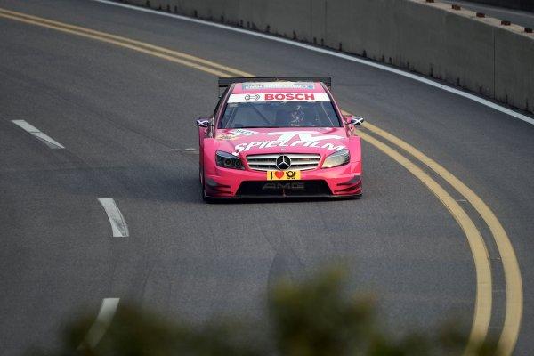 Susie Stoddart, TV Spielfilm AMG Mercedes.DTM, Rd11, Shanghai, China, 26-28 November 2010.World Copyright: LAT Photographicref: dne1027no35