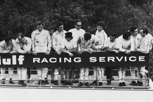 Clermont-Ferrand, France. 6 July 1969.Driver parade left-to-right: Bruce McLaren, McLaren M7C-Ford, 4th position, Denny Hulme, McLaren M7A-Ford, 8th position, Graham Hill, Lotus 49B-Ford, 6th position, Silvio Moser, Brabham BT24-Ford, 7th position, Jo Siffert, Lotus 49B-Ford, 9th position, Jackie Stewart, Matra MS80-Ford, 1st position, Piers Courage, Brabham BT26-Ford, retired, Jochen Rindt, Lotus 49B-Ford, retired, Vic Elford, McLaren M7A/M7B-Ford, 5th position, Jean-Pierre Beltoise, Matra MS80-Ford, 2nd position, Jacky Ickx, Brabham BT26-Ford, 3rd position, and Chris Amon, Ferrari 312, 10th position, portrait.World Copyright: LAT PhotographicRef: b&w print