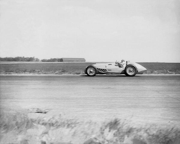 Silverstone, Great Britain. 14 May 1949.Philippe Etancelin (Lago-Talbot T26C), 5th position.Ref-Motor 766/21.World Copyright - LAT Photographic