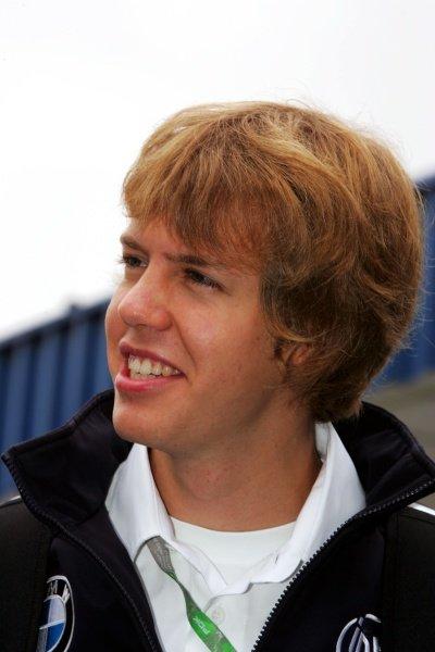 Sebastian Vettel (GER) BMW Sauber Third Driver. Formula One World Championship, Rd 18, Brazilian Grand Prix, Preparations, Interlagos, Brazil, 19 October 2006. DIGITAL IMAGE