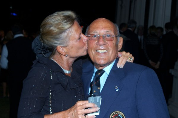 Stirling Moss (GBR) and wife Susie at the Government House Drinks Reception. Formula One World Championship, Rd 1, Australian Grand Prix, Preparations, Albert Park, Melbourne, Australia, Thursday 15 March 2007. DIGITAL IMAGE
