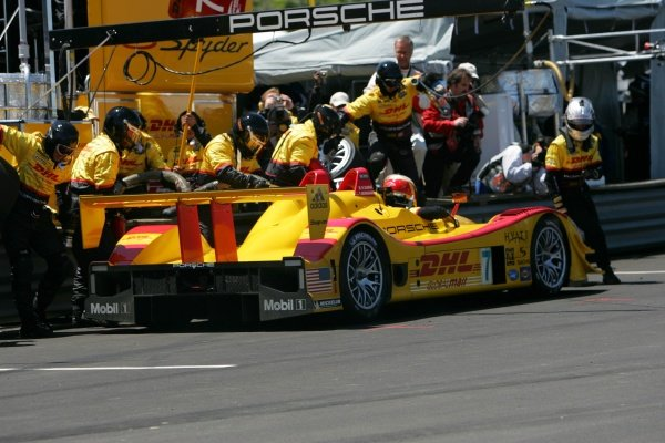 Timo Bernhard (GER) / Romain Dumas (FRA) Penske Motorsports Porsche RS Spyder won the race. American Le Mans Series, Rd3, Mid-Ohio, USA, 21 May 2006. DIGITAL IMAGE