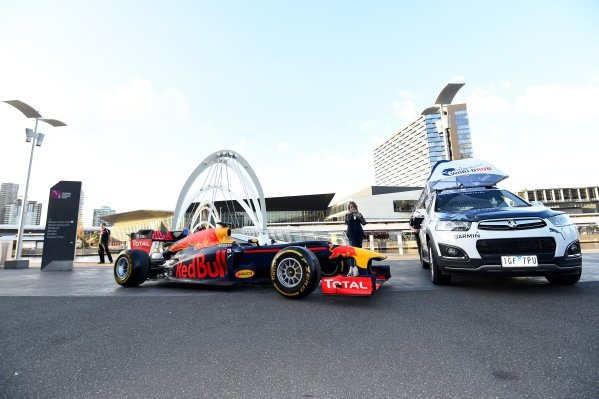 Daniel Ricciardo (AUS) Red Bull Racing at a Wings For Life World Run Press Call at Formula One World Championship, Rd1, Australian Grand Prix, Preparations, Albert Park, Melbourne, Australia, Wednesday 16 March 2016.