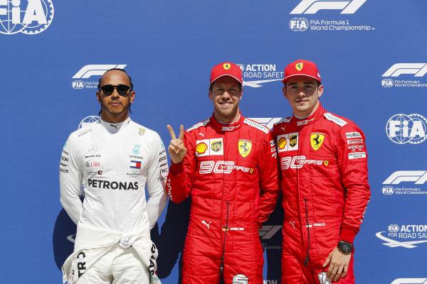 Lewis Hamilton, Mercedes AMG F1, Pole Position Sebastian Vettel, Ferrari and Charles Leclerc, Ferrari
