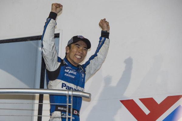 Winner Takuma Sato, Rahal Letterman Lanigan Racing Honda is introduced on the podium
