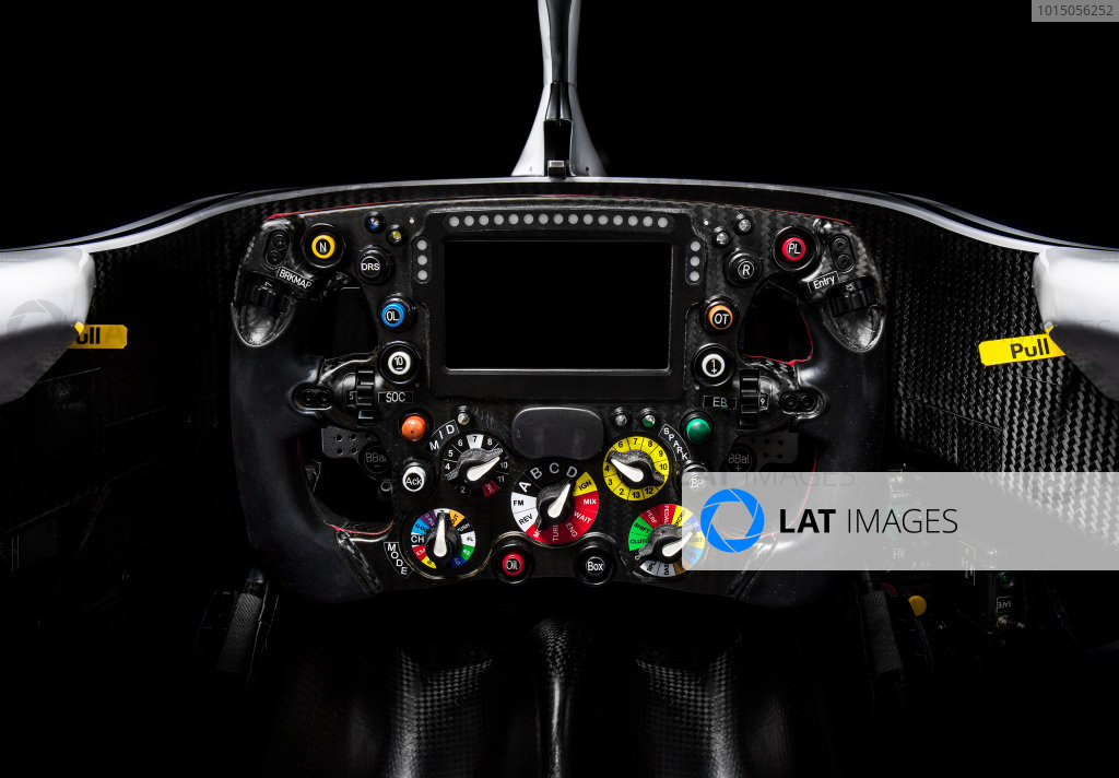 Alfa Romeo Sauber F1 Team, Sauber C37 Ferrari, Studio Shoot. Detail view of steering wheel and cockpit. Photo: Sauber F1 COPYRIGHT FREE FOR EDITORIAL USE ONLY