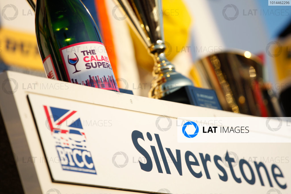 2015 British Touring Car Championship, Silverstone, Northants. 26th-27th September 2015, Trophy World copyright. Jakob Ebrey/LAT Photographic