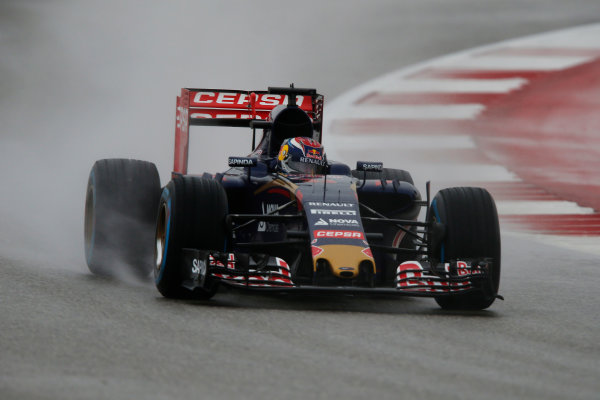 Circuit of the Americas, Austin, Texas, United States of America.  Sunday 25 October 2015. Max Verstappen, Toro Rosso STR10 Renault. World Copyright: Andrew Ferraro/LAT Photographic ref: Digital Image _FER9279
