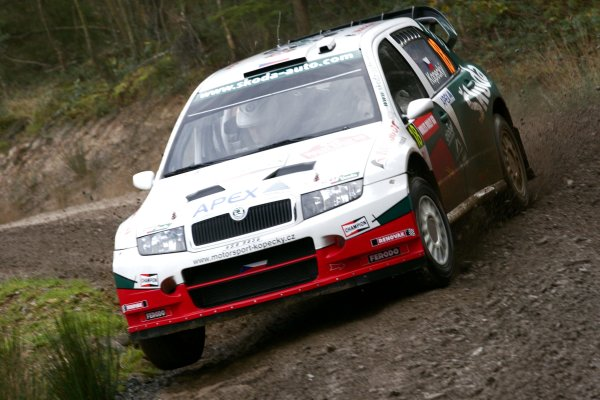 2006 World Rally Championship.Round 16, Wales Rally GB. 1st - 3rd  December 2006.Jan Kopecky/Filip Schovanek. Fabia WRC. Action.World Copyright: Drew Gibson/LAT Photographic.Ref: Digital Image Only.