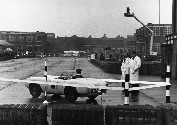 Hagley, England. 10th October 1959.Brian Jenkins, Berkeley, action.World Copyright: LAT Photographic.Ref; B/W Print