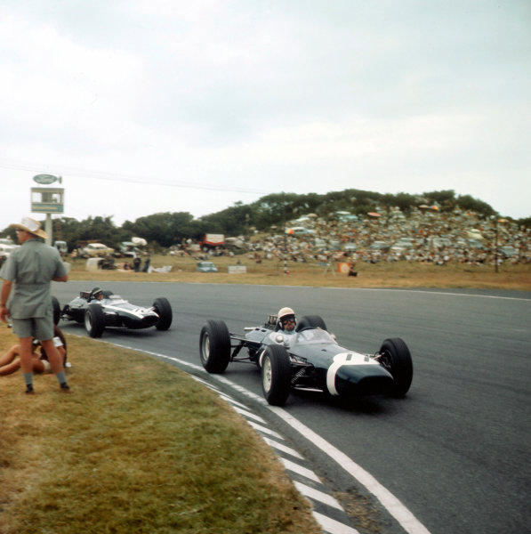 East London, South Africa.30/12/64-1/1/1965.Jo Bonnier (Brabham BT7 Climax) leads Jochen Rindt (Cooper T73 Climax).Ref-3/1496.World Copyright - LAT Photographic