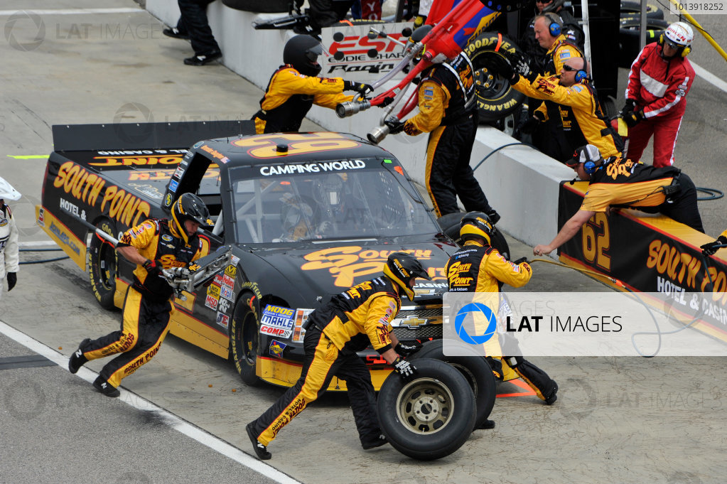 13-14 April, 2013, Rockingham, North Carolina USA Brendan Gaughan, pit stop ©2013, Scott R LePage LAT Photo USA